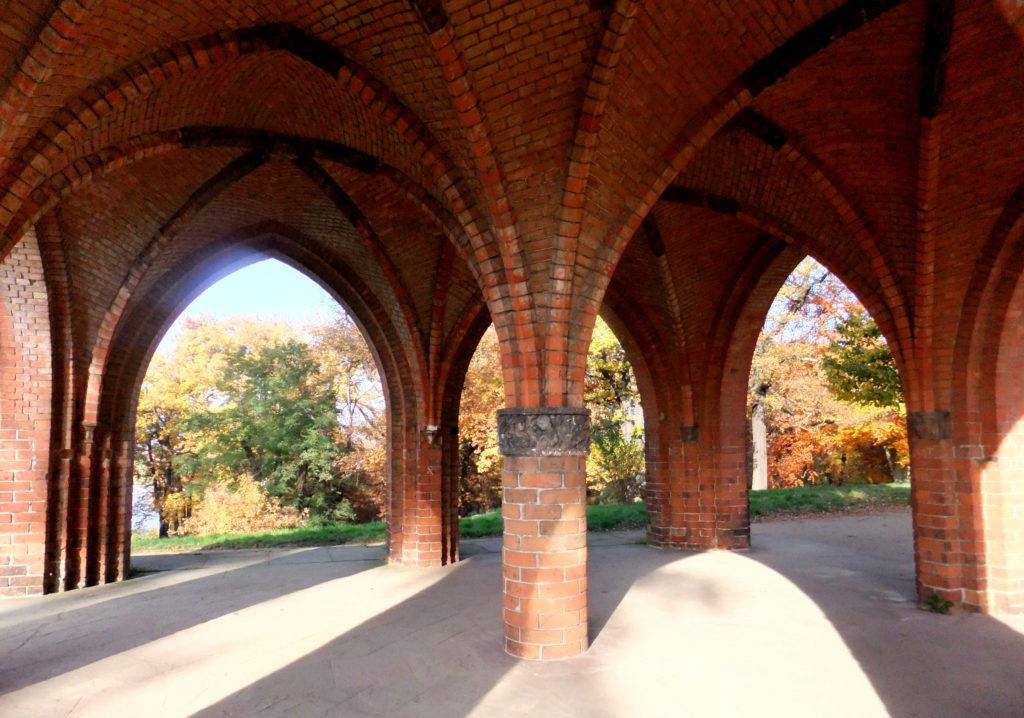 Gerichtslaube im Park Babelsberg